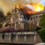Brand Notre Dame foto van Nu.nl/Matthijs Voorend